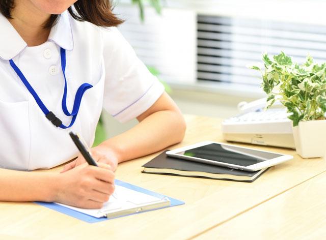 看護師向けリーダーシップ研修の内容・事例。リーダーに求められるものとは